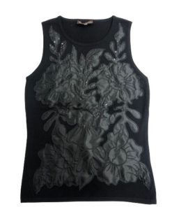 Women's Sleeveless Top With Silk Flower Design