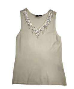 Women's V-Neck Sleeveless Top With Neckline Design