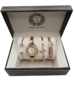 ANDE KLEVN Rose Gold Watch With A Set Of Three Bracelets