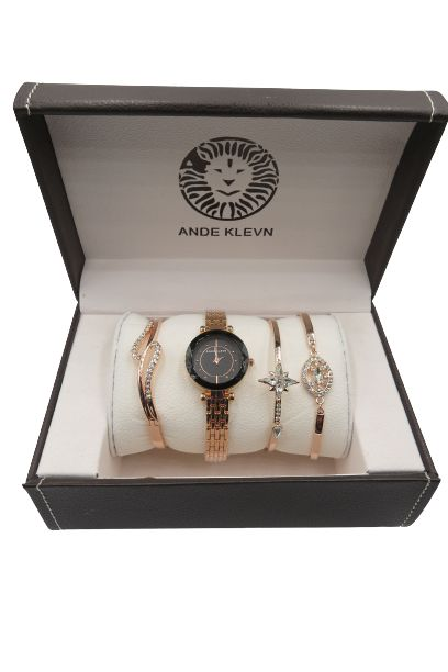 ANDE KLEVN Watch With Rose Gold-Tone Stainless Steel Bracelet With A Set Of Three Bracelets
