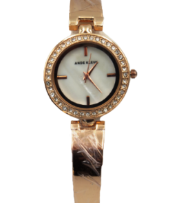 ANDE KLEVN Rose Gold Watch With A Set Of Heart Shaped Accessories And One Bracelet