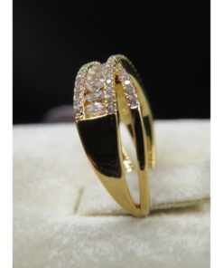 NEOGLORY Ring Contoured With Tiny Stones